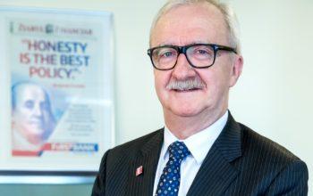Robert Hadley, numit vicepreședinte First Bank