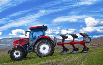 Tractor agricol românesc, omologat de RAR
